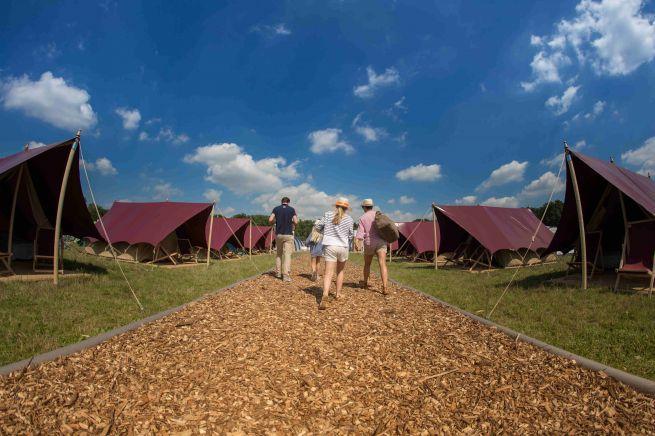 Übernachten beim A Summer's Tale: Camping oder Hotel?